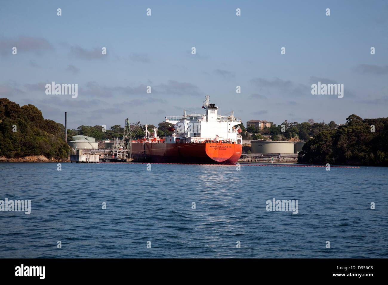 Bulk Oil Carrier Bunga Kelana at the Greenwich Shell Oil Terminal Sydney Australia - Stock Image