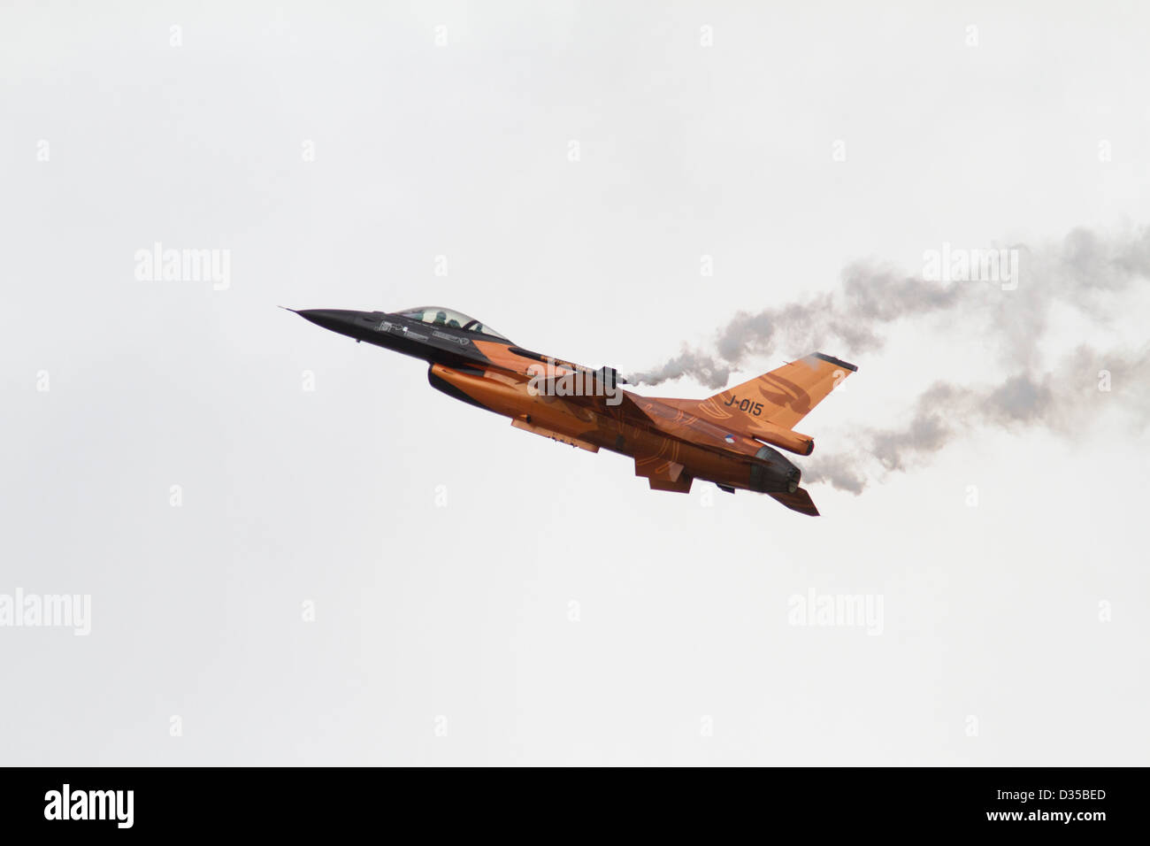 Netherlands Air Force F-16 Aerobatic display team - Stock Image