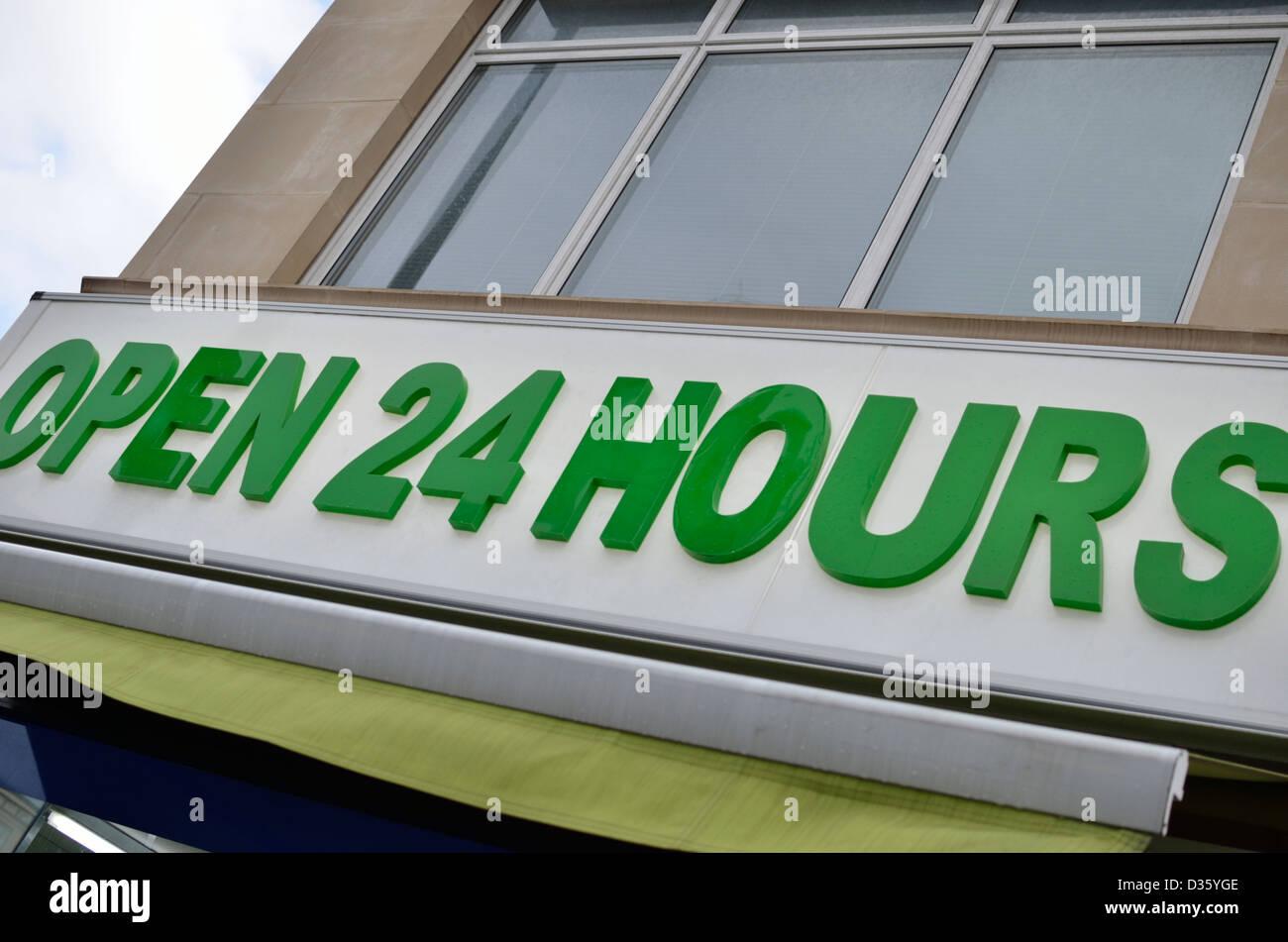 Restaurants Italian Near Me: Food Open 24 Hours