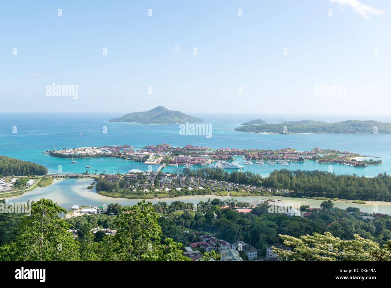 Aerial view on the coastline of the Seychelles Islands and luxury Eden Island from Victoria viewpoint, Mahe - Stock Image