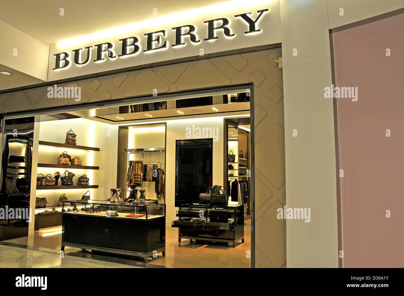 7436fda8f2 Burberry boutique duty free shop Roissy Stock Photo: 53614679 - Alamy