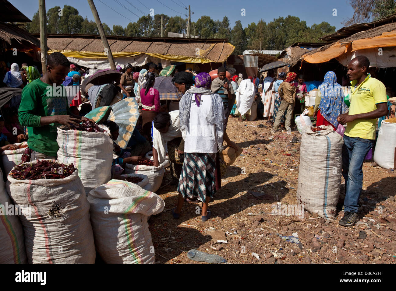 The Saturday Market, Bahir Dar, Ethiopia - Stock Image