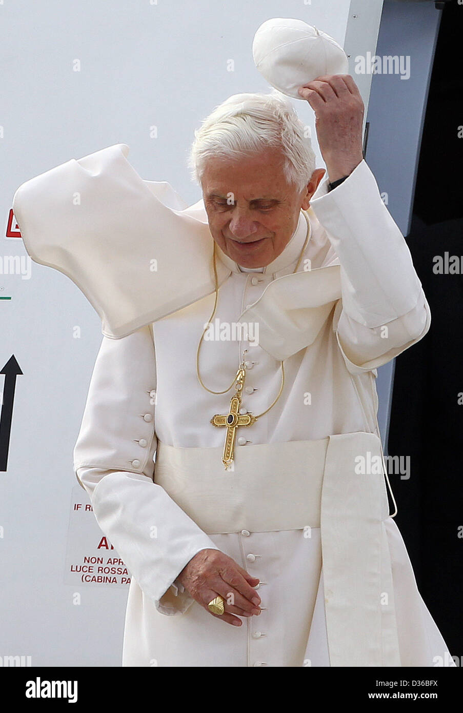 Pope Benedict XVI arrives at Tegel airport in Berlin, Germany, 22 September 2011. The head of the Roman Catholic - Stock Image