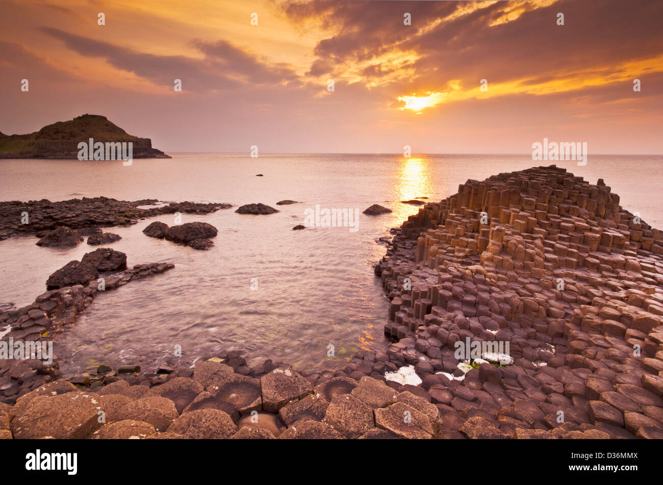 hexangonal basalt columns of the Giants Causeway north Antrim coast County Antrim Northern Ireland GB UK EU Europe - Stock Image