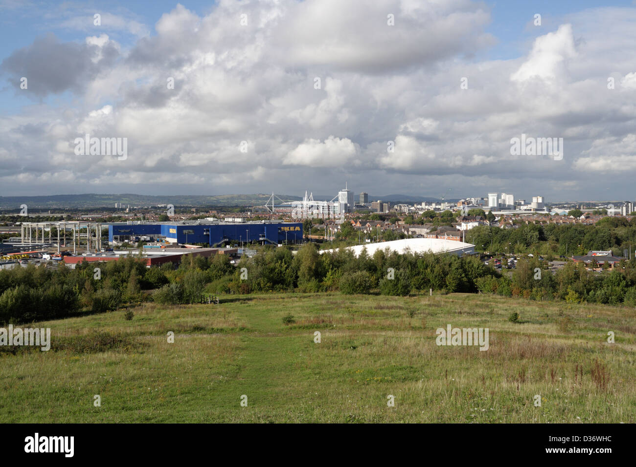 A view of Cardiff and Ikea from Grangemoor hill in Cardiff bay which is a former landfill site - Stock Image