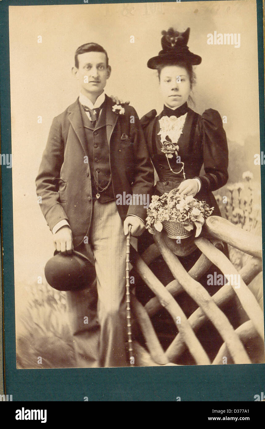 Victorian cabinet portrait photograph of engaged couple - Stock Image