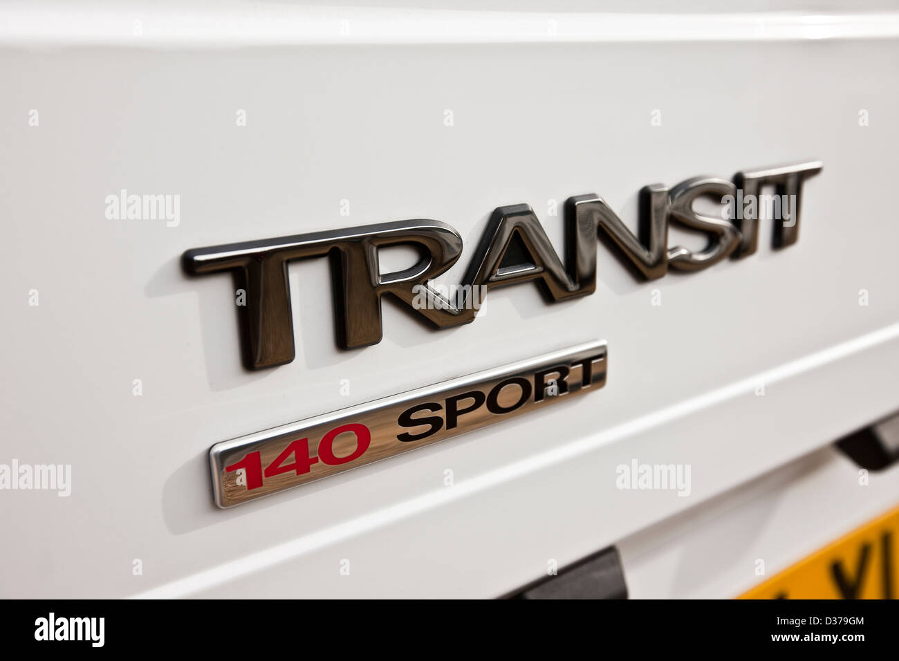 White Ford Transit Sport Van Logo Insignia Winchester Uk 03 2010