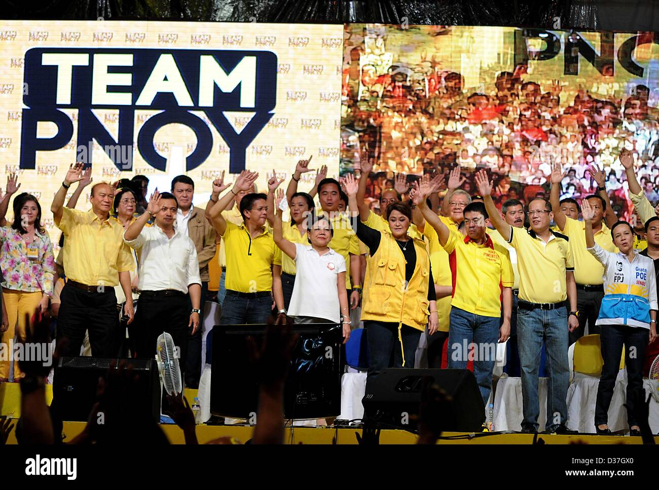 Manila, Philippines. 12th February 2013. Administration senatorial candidates together with Philippine President - Stock Image
