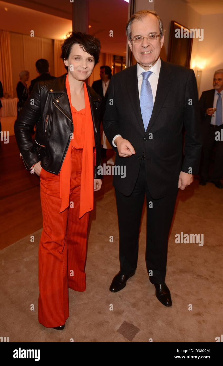 French actress Juliette Binoche and French ambassador Maurice Gourdault-Montagne attend the reception 'Soiree - Stock Image