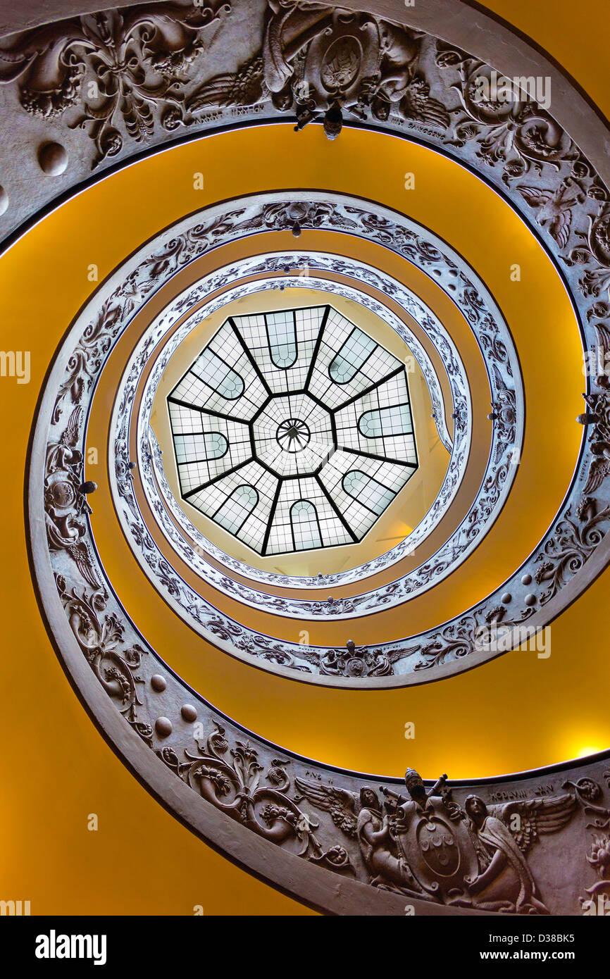 Antique Spiral Staircase Stock Photos Amp Antique Spiral