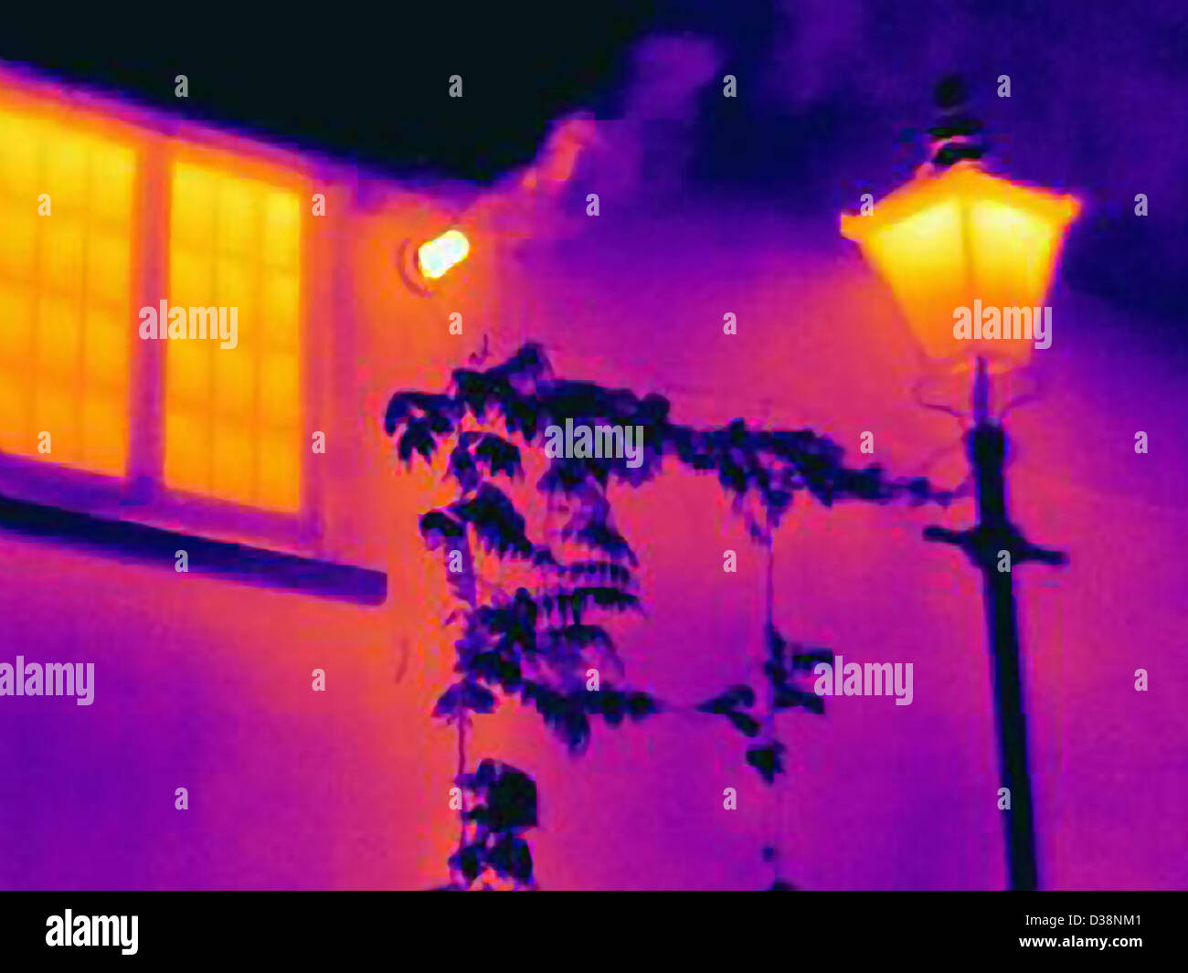 Thermal image of streetlight and window - Stock Image