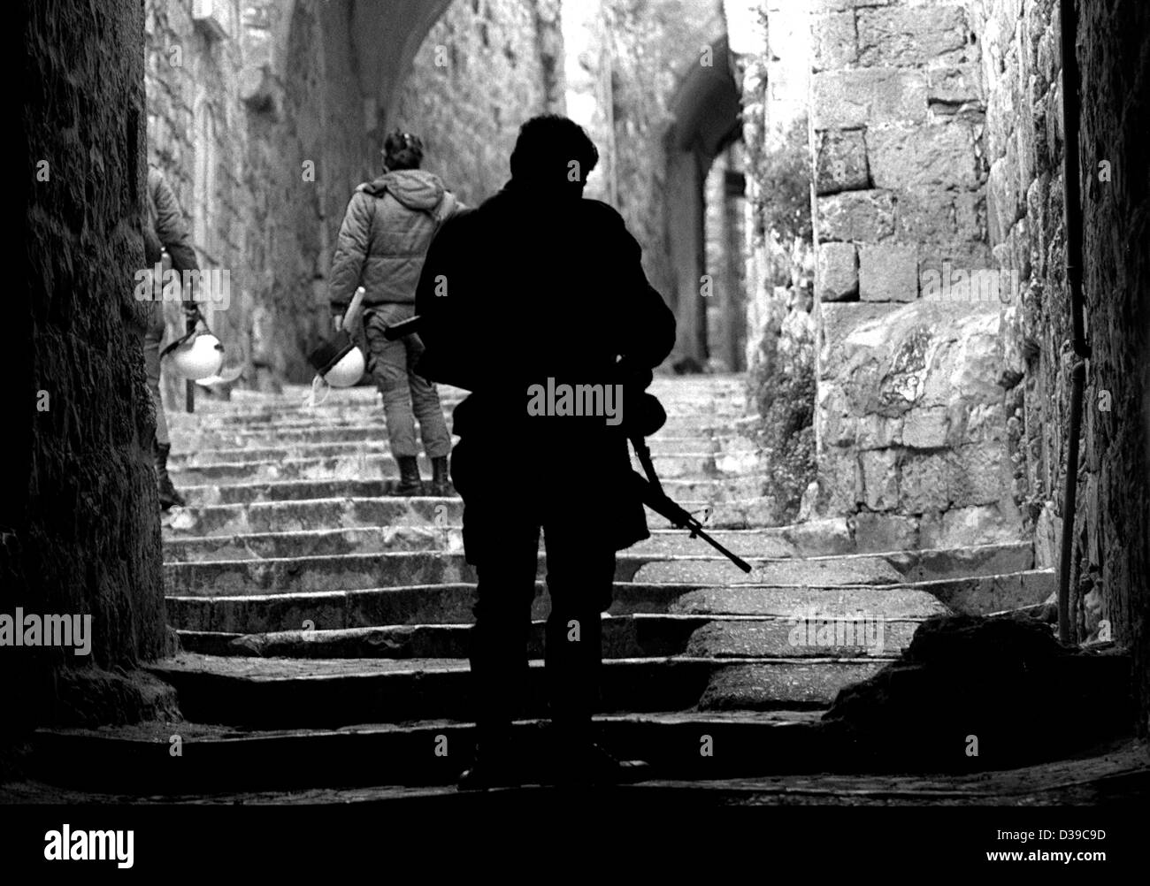 Israeli Defense Force Patrol at the start of the Palestinian Intifada patrolling East Jerusalem. - Stock Image