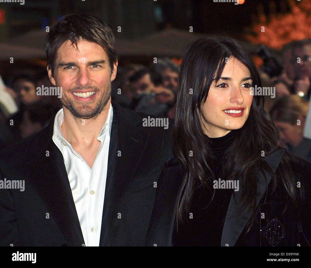 Tom Cruise Girlfriend 2020.Tom Cruise And His Girlfriend Stock Photos Tom Cruise And