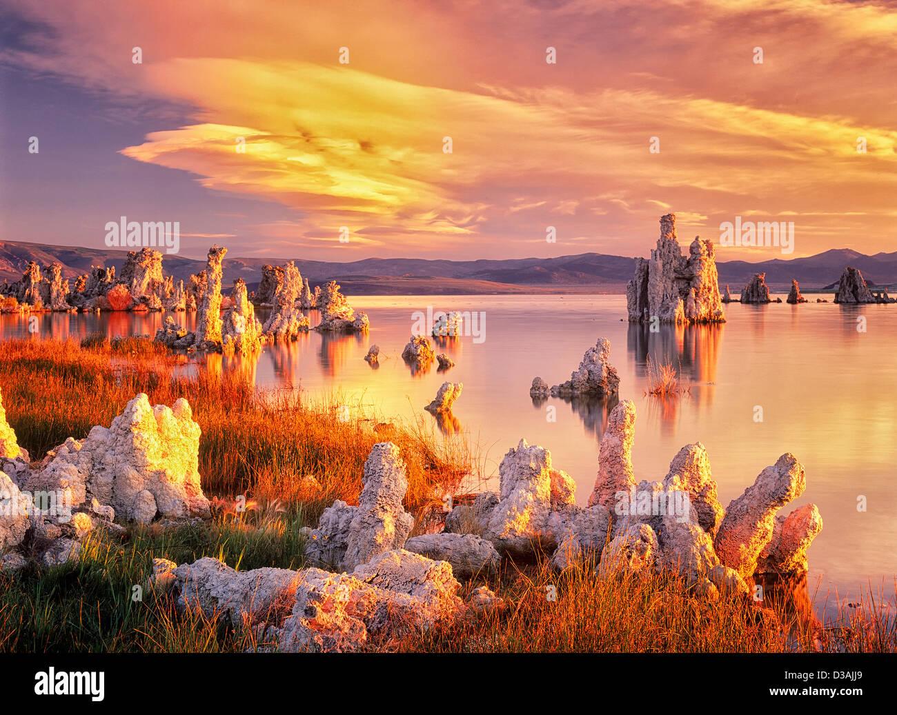 Tufa at Mono Lake with sunrise. California - Stock Image