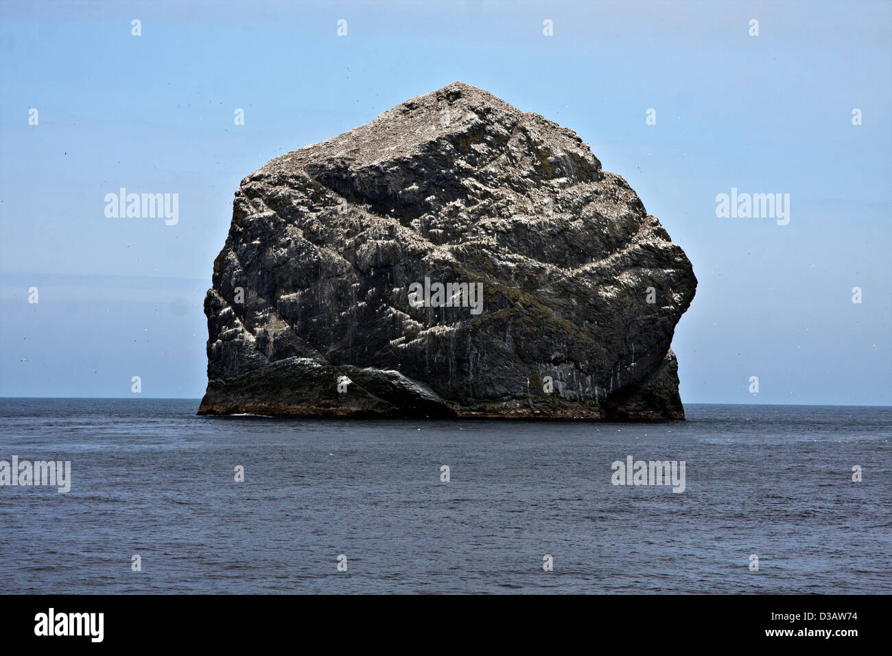 The sea stacs of Stac Lee, Stac An Armin and the island of Boreray with sea bird colonies, Hilda in the St Kilda - Stock Image