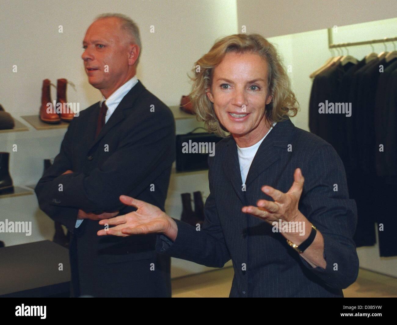 Dpa Files The German Fashion Designer Jil Sander And The Head Of Stock Photo Alamy