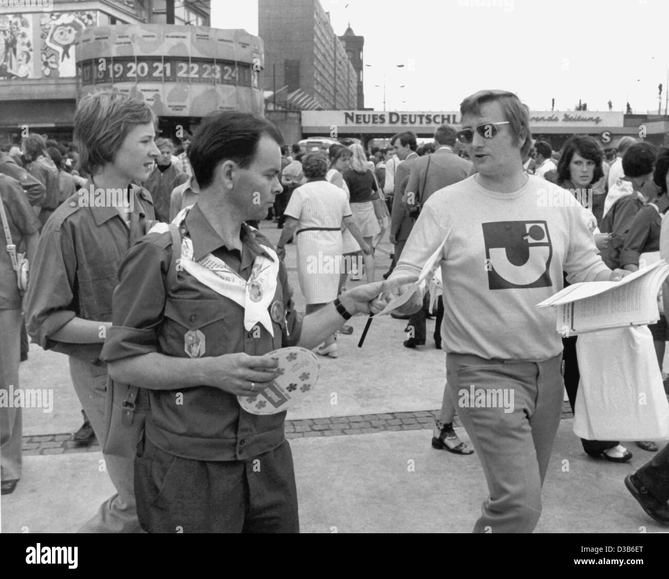 (dpa files) - A member of the West German Junge Union (young union), which was part of the West German festival - Stock Image