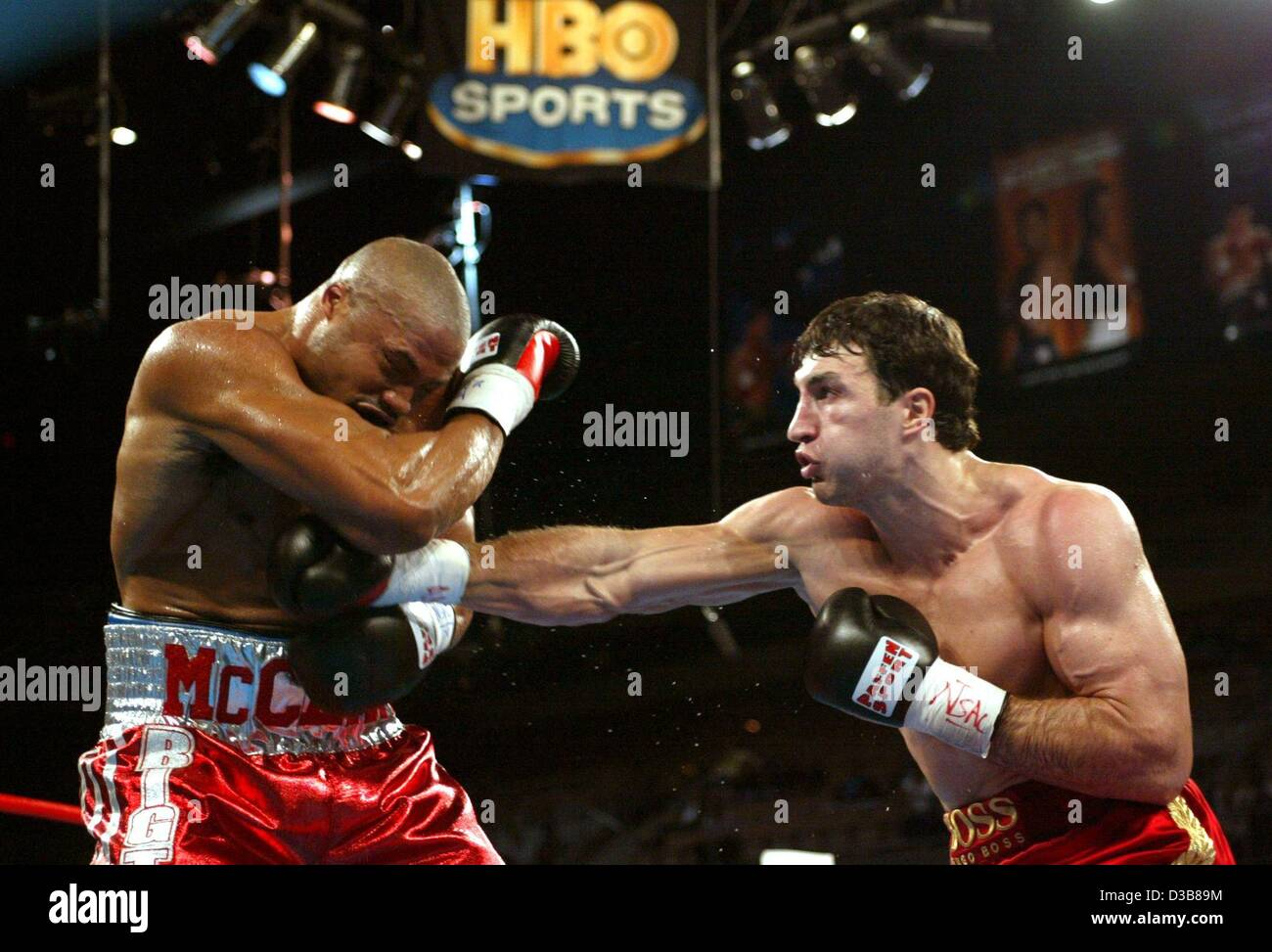 The heavyweight boxer Wladimir Klitschko in action during the WBO title fight vs. the US boxer Jameel McCline on - Stock Image