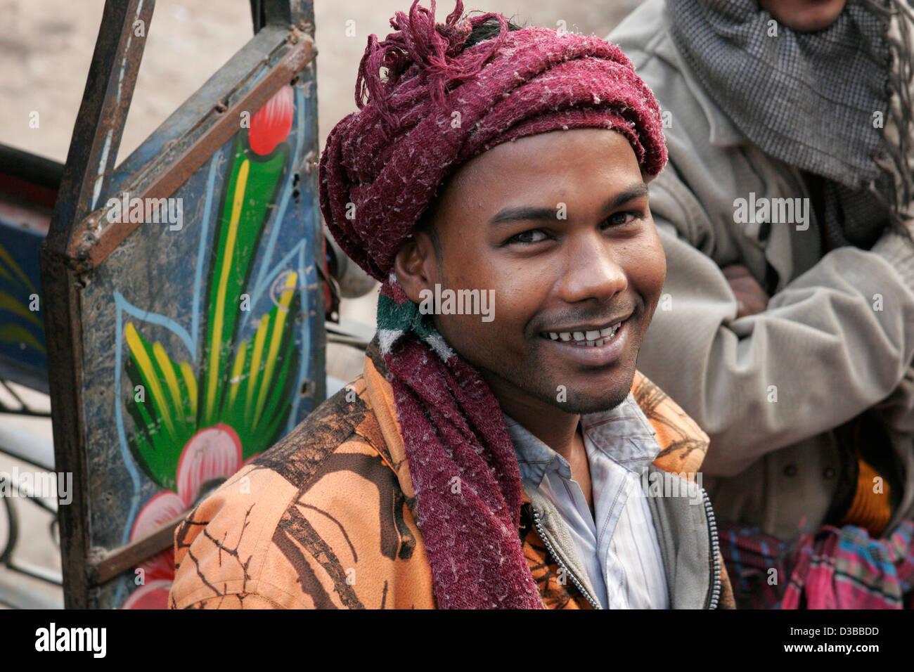 Young Bangladeshi man smiling, Bangladesh - Stock Image