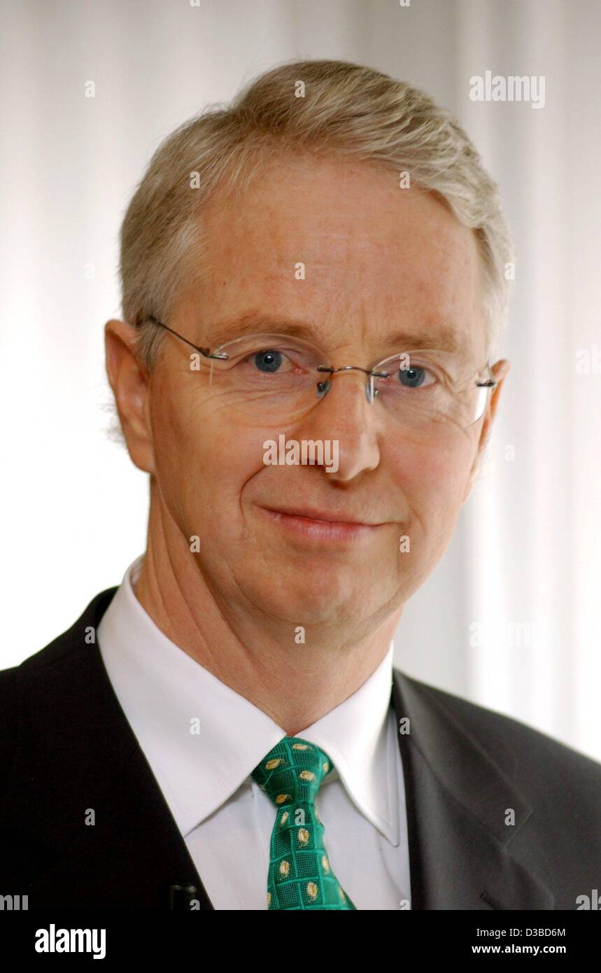 (dpa) - Uwe Lueders, CEO of the 'Heizungstechnik-Konzern Buderus' (company for heating engineering Buderus), - Stock Image