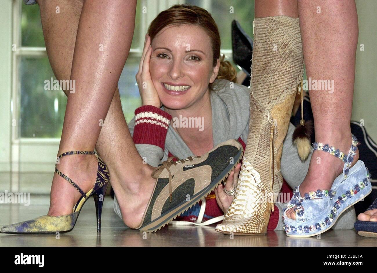 Feet katrin bauerfeind Selena Gomez's