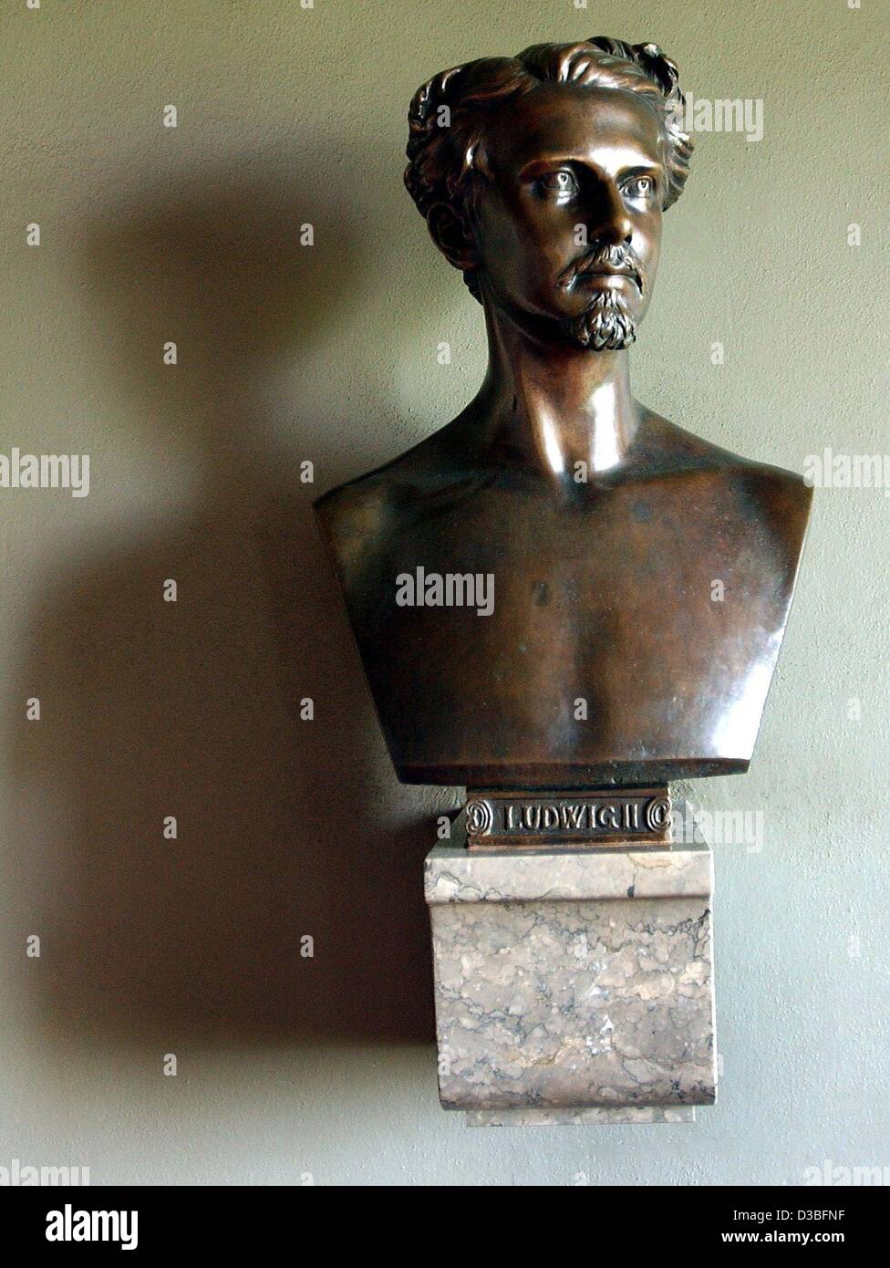 (dpa) - A bust of King Ludwig II of Bavaria, exhibited at Neuschwanstein Castle near Schwangau, southern Germany, - Stock Image