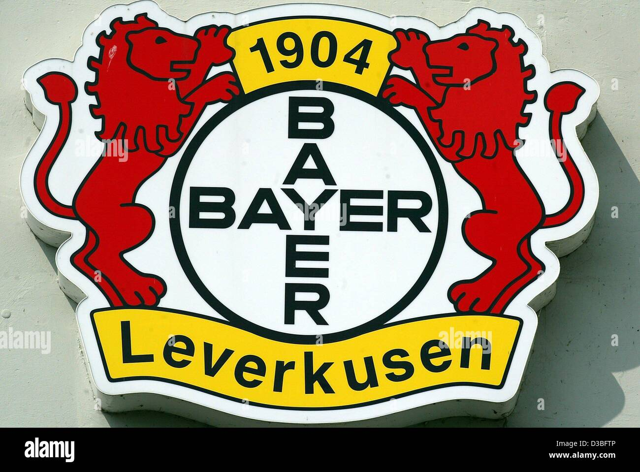 (dpa) - The logo of the German soccer club Bayer Leverkusen, pictured in Leverkusen, Germany, 24 June 2003. - Stock Image