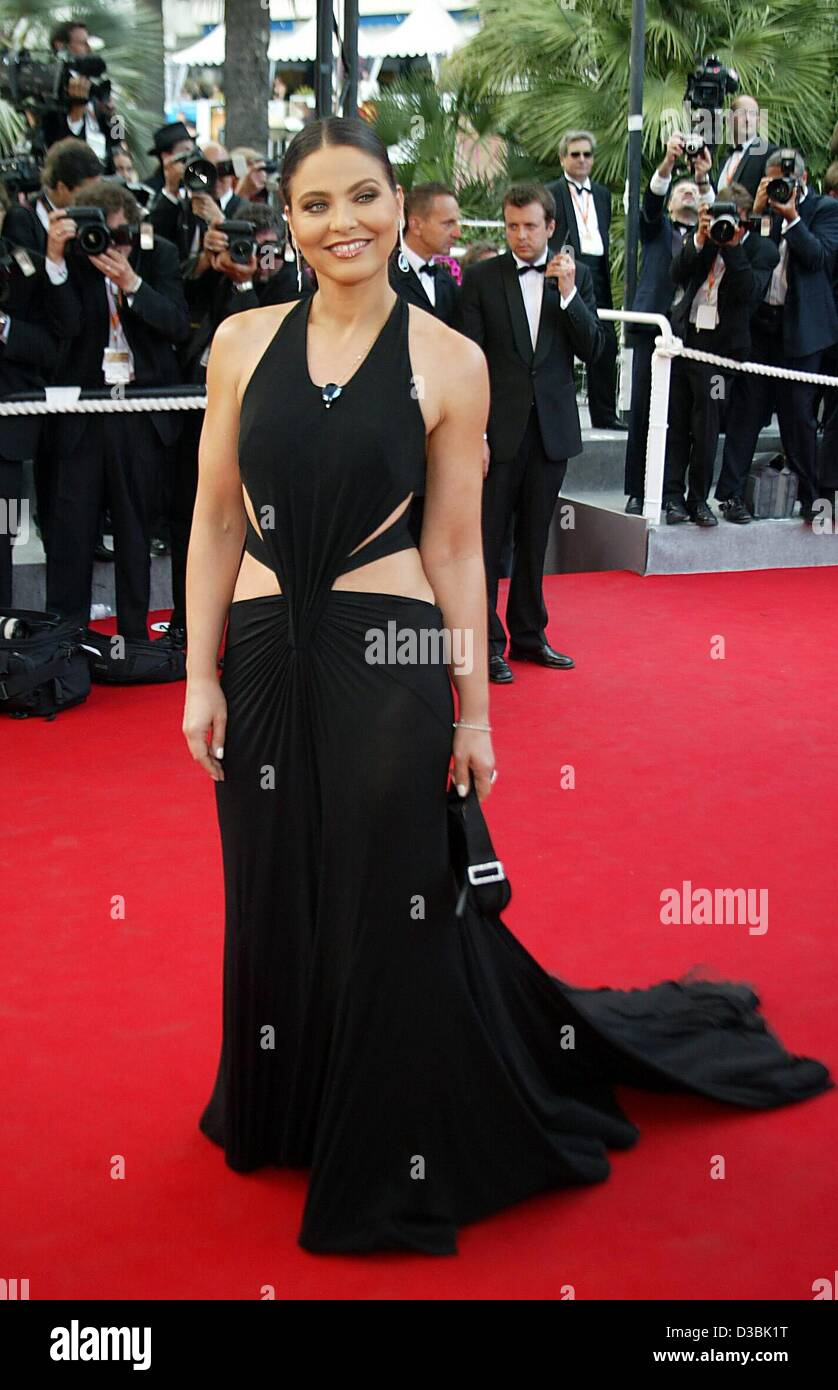 (dpa) - The Italian actress Ornella Muti arrives to the screening of the film 'Autour de Chaplin' at the 56th Cannes Stock Photo