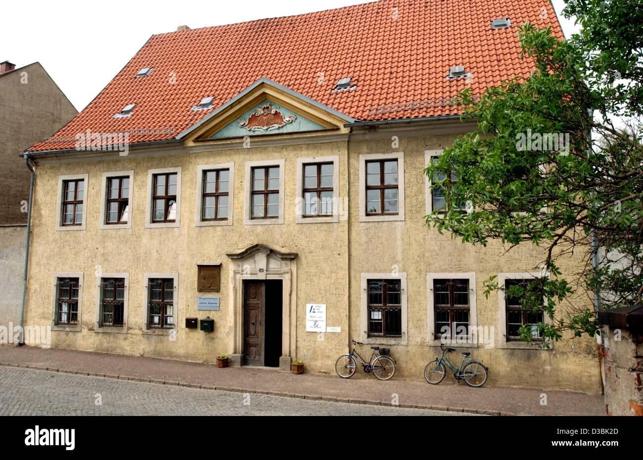 (dpa) - A view of the Ringelnatz house, the birthplace of German writer Joachim Ringelnatz, in Wurzen, Germany, - Stock Image