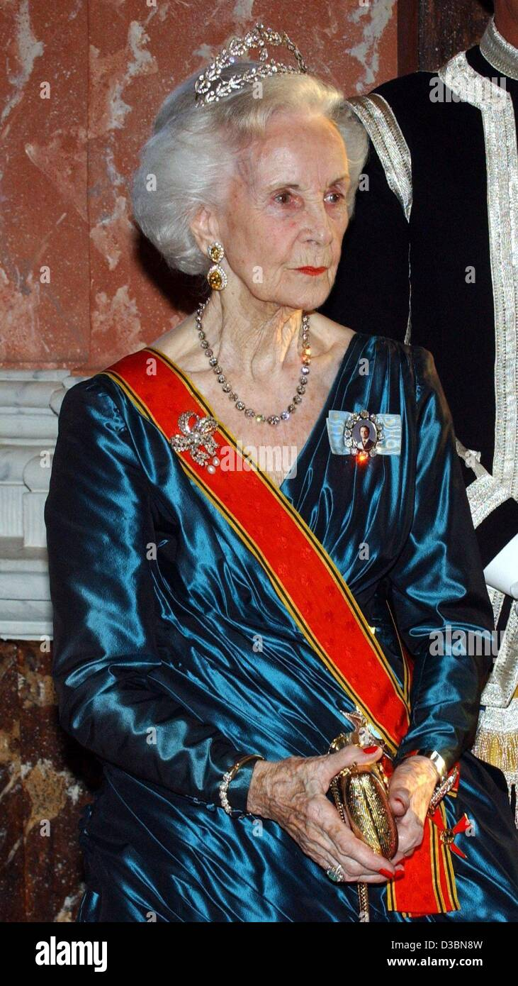 (dpa) - Princess Lilian of Sweden, pictured at a gala dinner in honour of the German President Johannes Rau at Castle Stock Photo