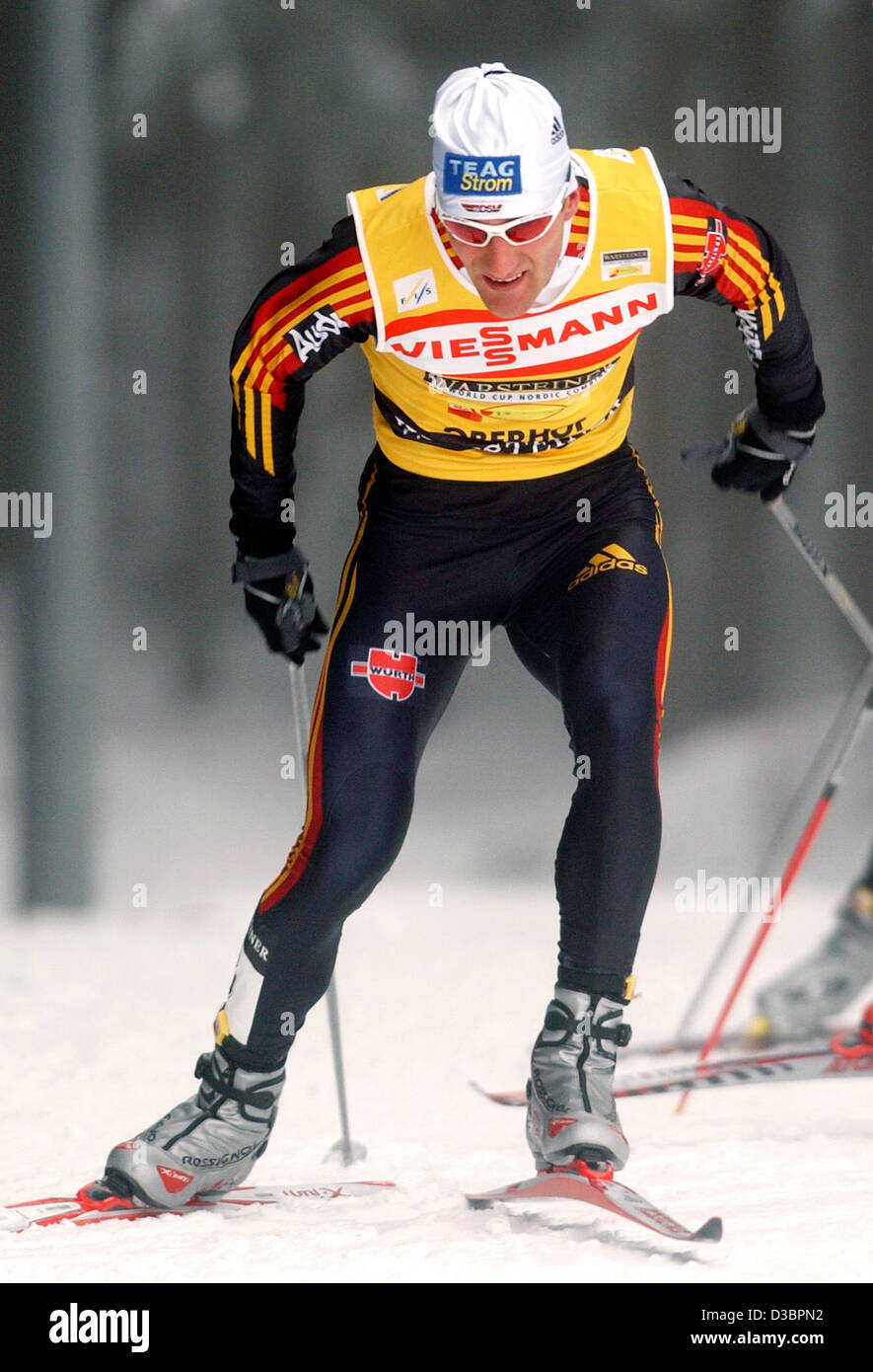 (dpa) - German Ronny Ackermann sprints during the Nordic Combined World Cup event in Oberhof, Germany, 30 December - Stock Image