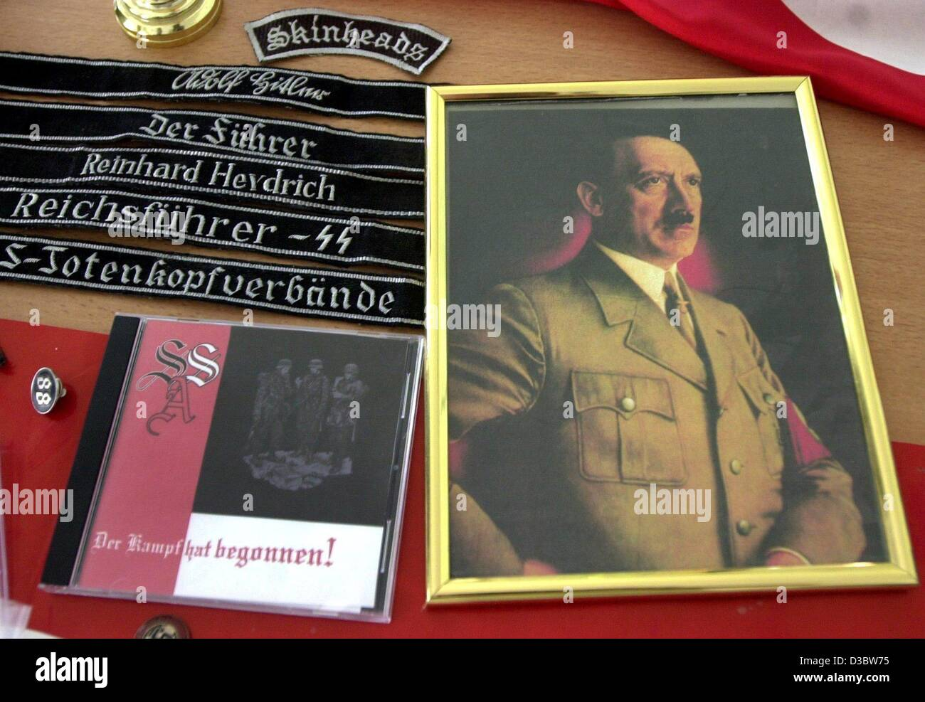 (dpa) - Right extremist propaganda material including a Hitler portrait were confiscated by police in Halberstadt, - Stock Image