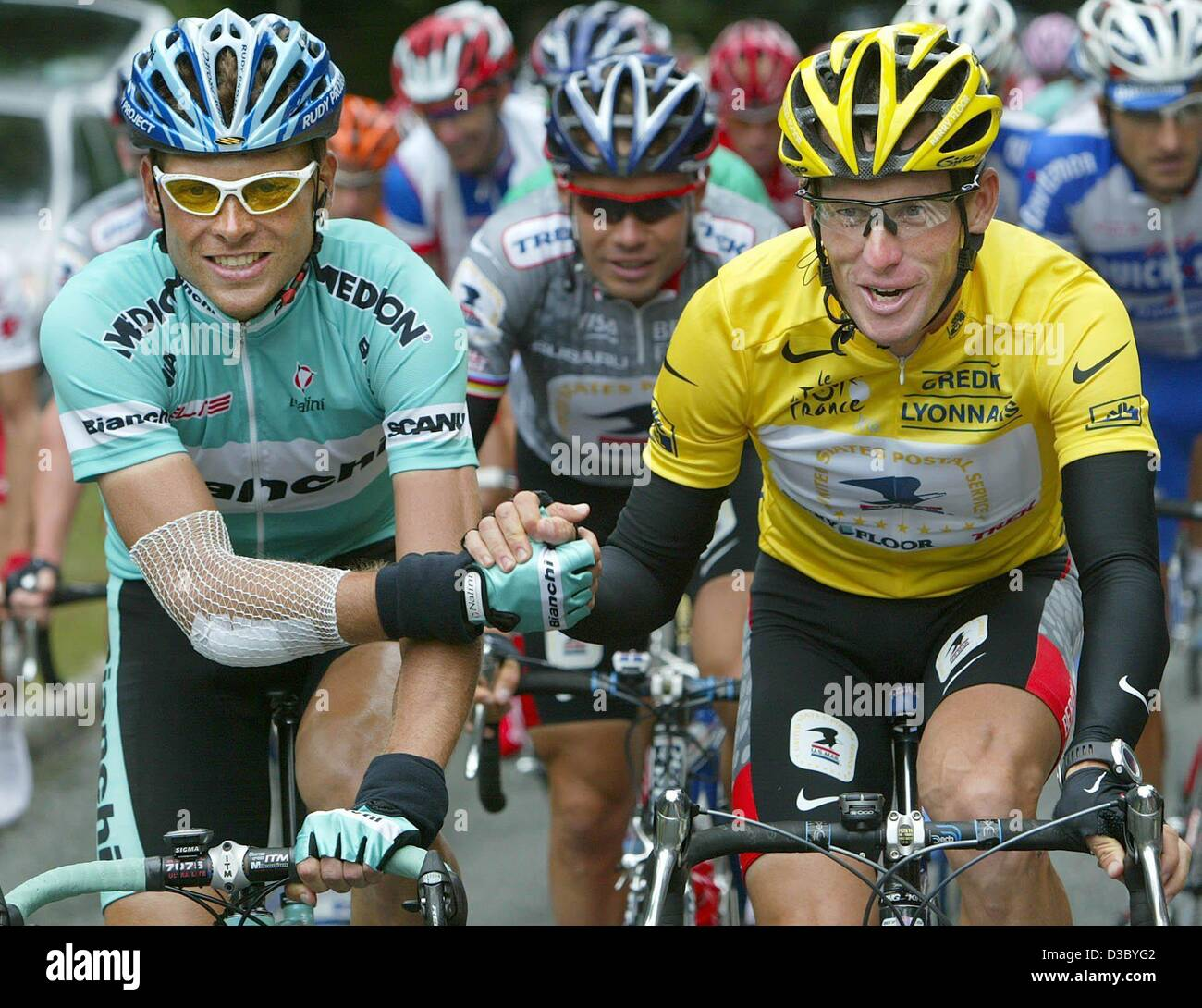 (dpa) - German Jan Ullrich (L) of Team Bianchi congratulates US Postal-Berry  Floor s Lance Armstrong from the US b6a6eebf5