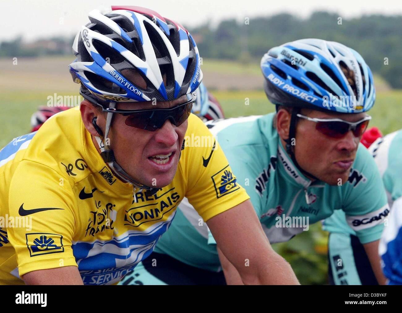 Sports Spo Cycling Tour de france Riding Us postal France Stock ... a36d88da1