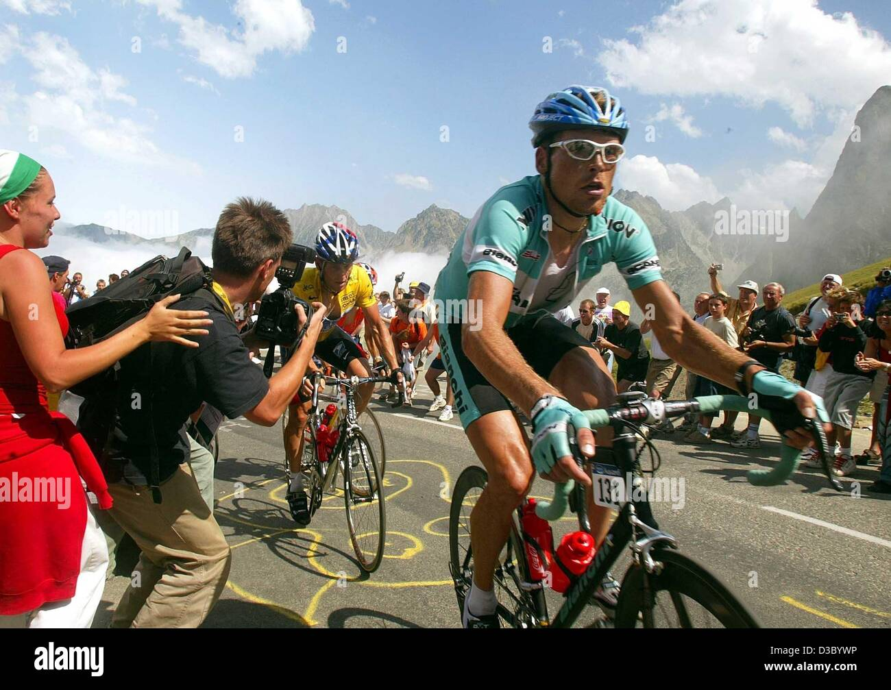 (dpa) - German cyclist Jan Ullrich of Team Bianchi is followed by overall  leader 52dc7f14e