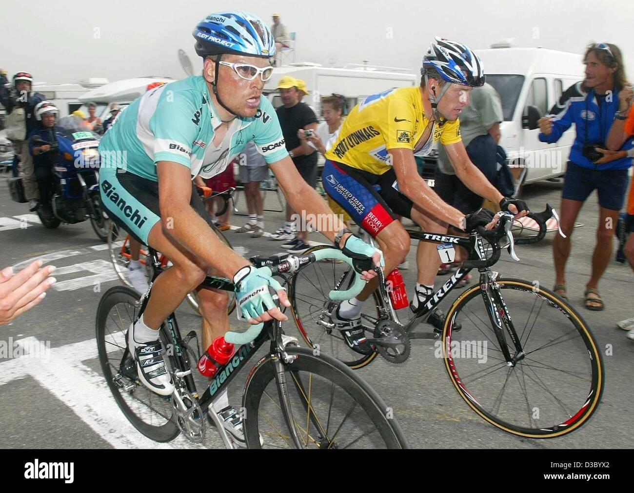 (dpa) - German cyclist Jan Ullrich of Team Bianchi in a head to head 1e616f670