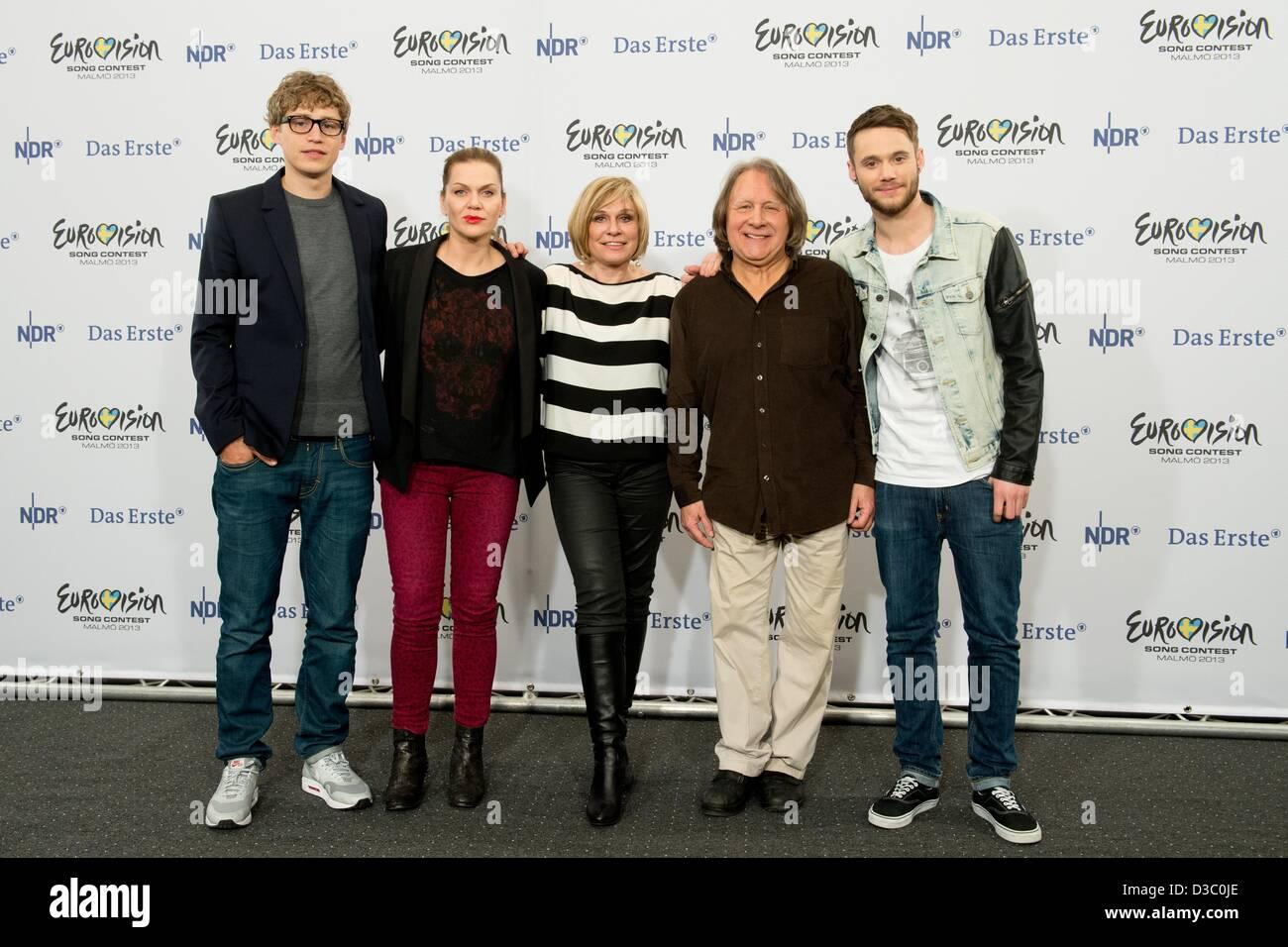 Hanover, Germany, 14th Feb,  2013The jury Tim Bendzko (L-R), Anna Loos, Mary Roos, Peter Urban and Roman Lob pose Stock Photo