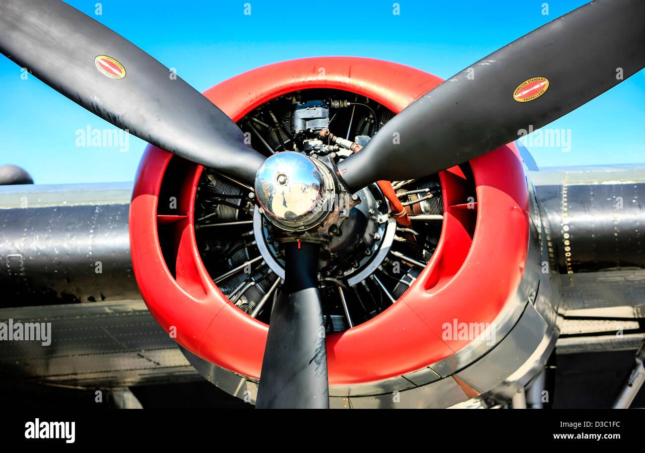 b24-consolidated-liberator-ww2-bomber-pl