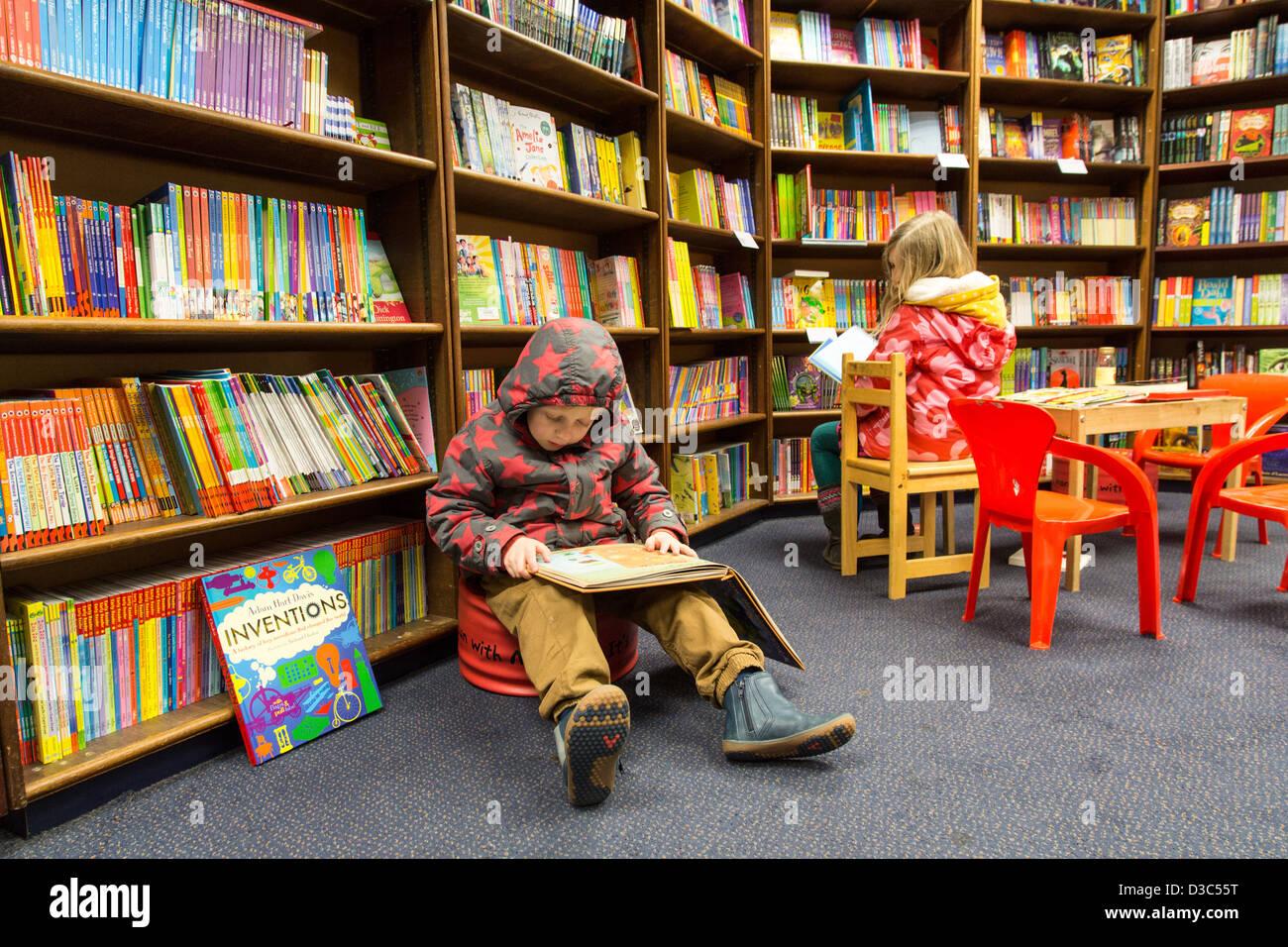european childrens bookstore conference - HD1300×956