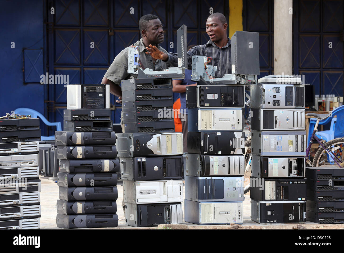 second hand used computers from Europe and USA for sale at a roadside shop in Accra, Ghana - Stock Image