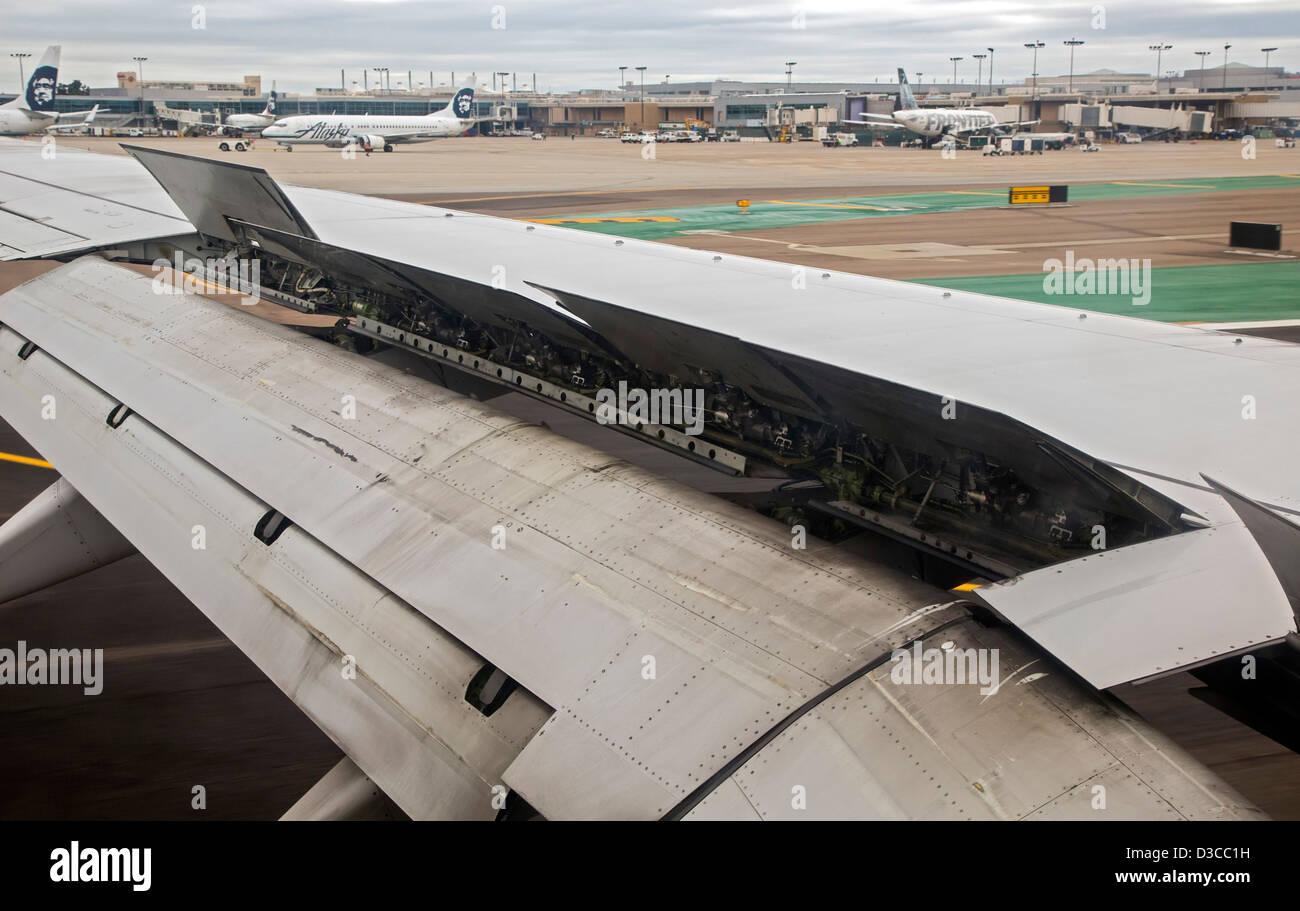 diego san airlines flight delta status