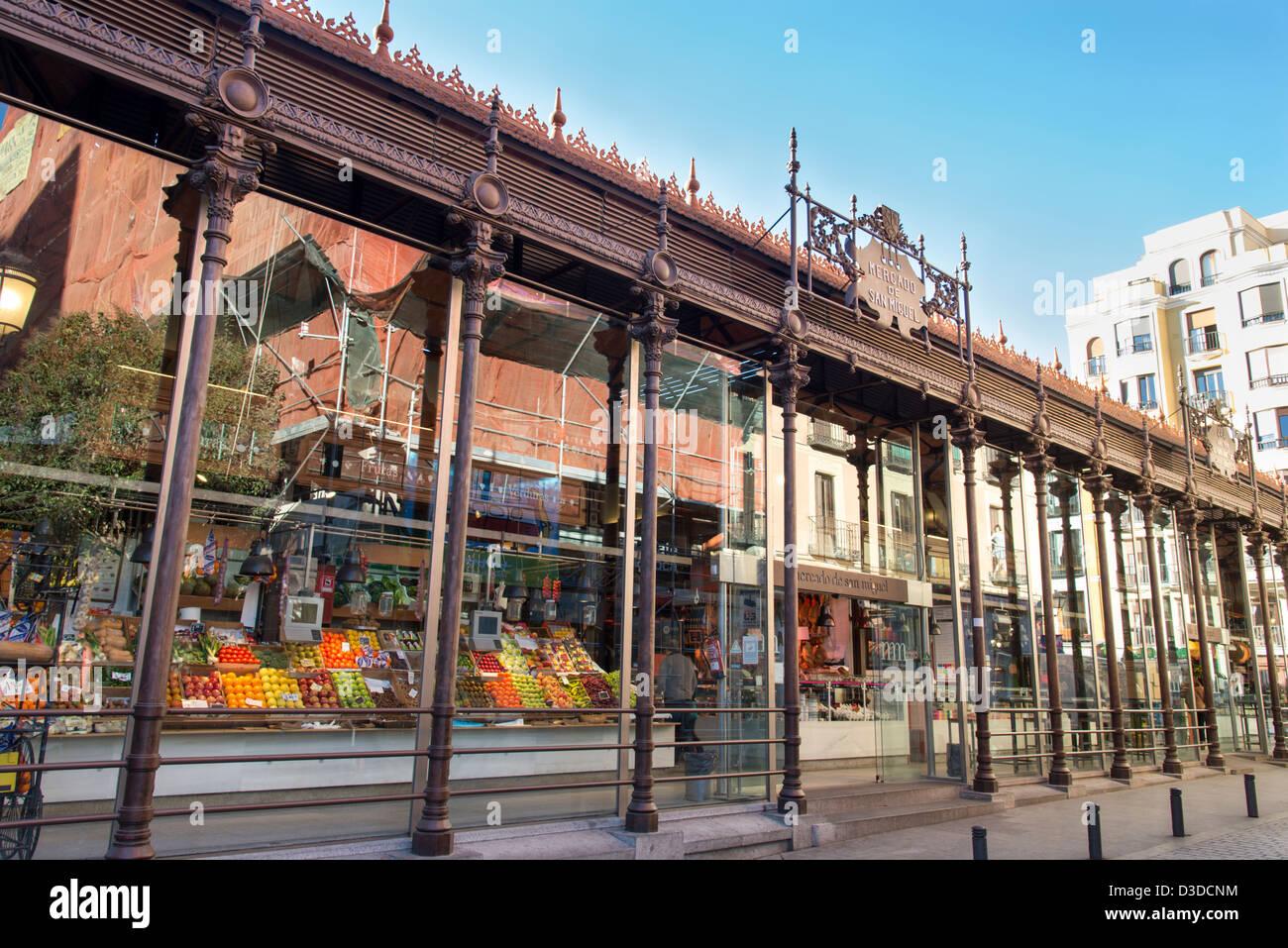 Mercado de San Miguel, Madrid, Spain - Stock Image