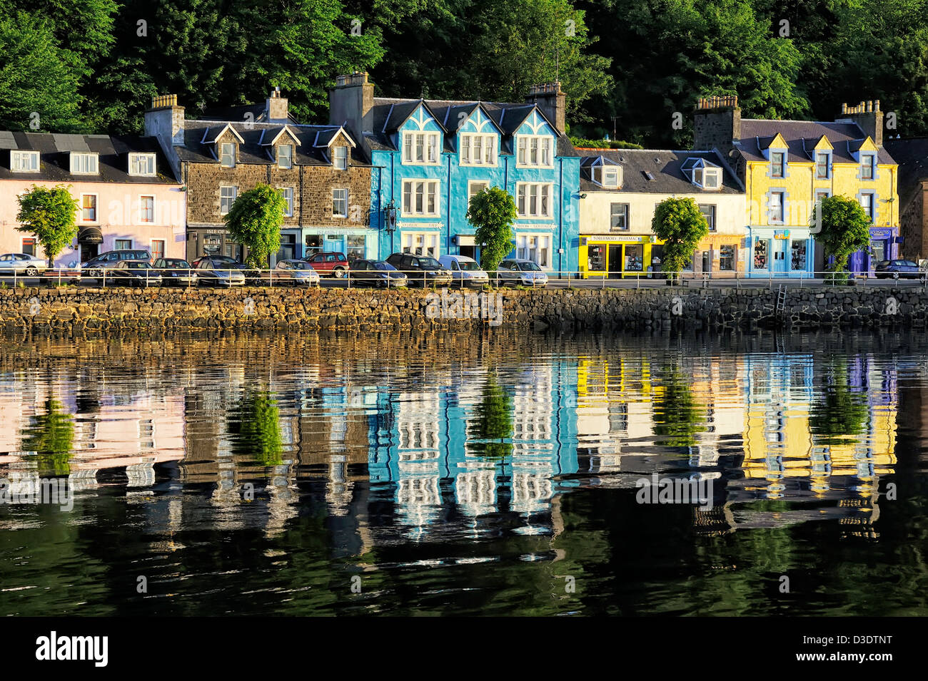 colorful houses & shops, tobermory, mull, scotland - Stock Image