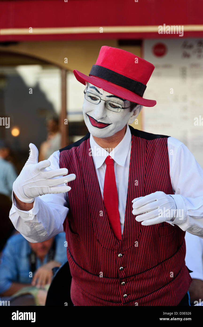 French Mime street artist, Paris, France. - Stock Image