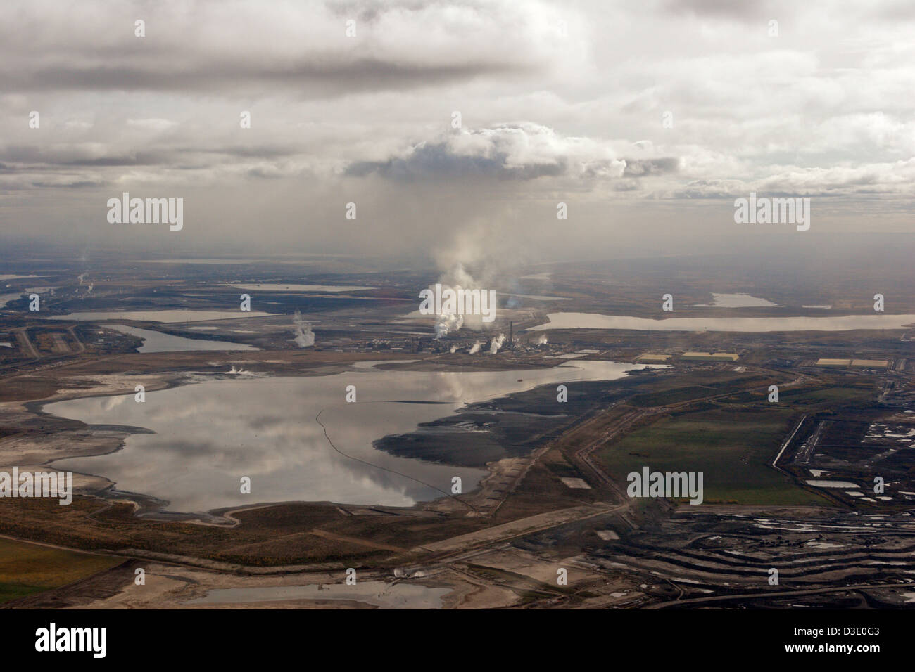 oil sands Alberta aerial view tar sands Fort McMurray Canada - Stock Image
