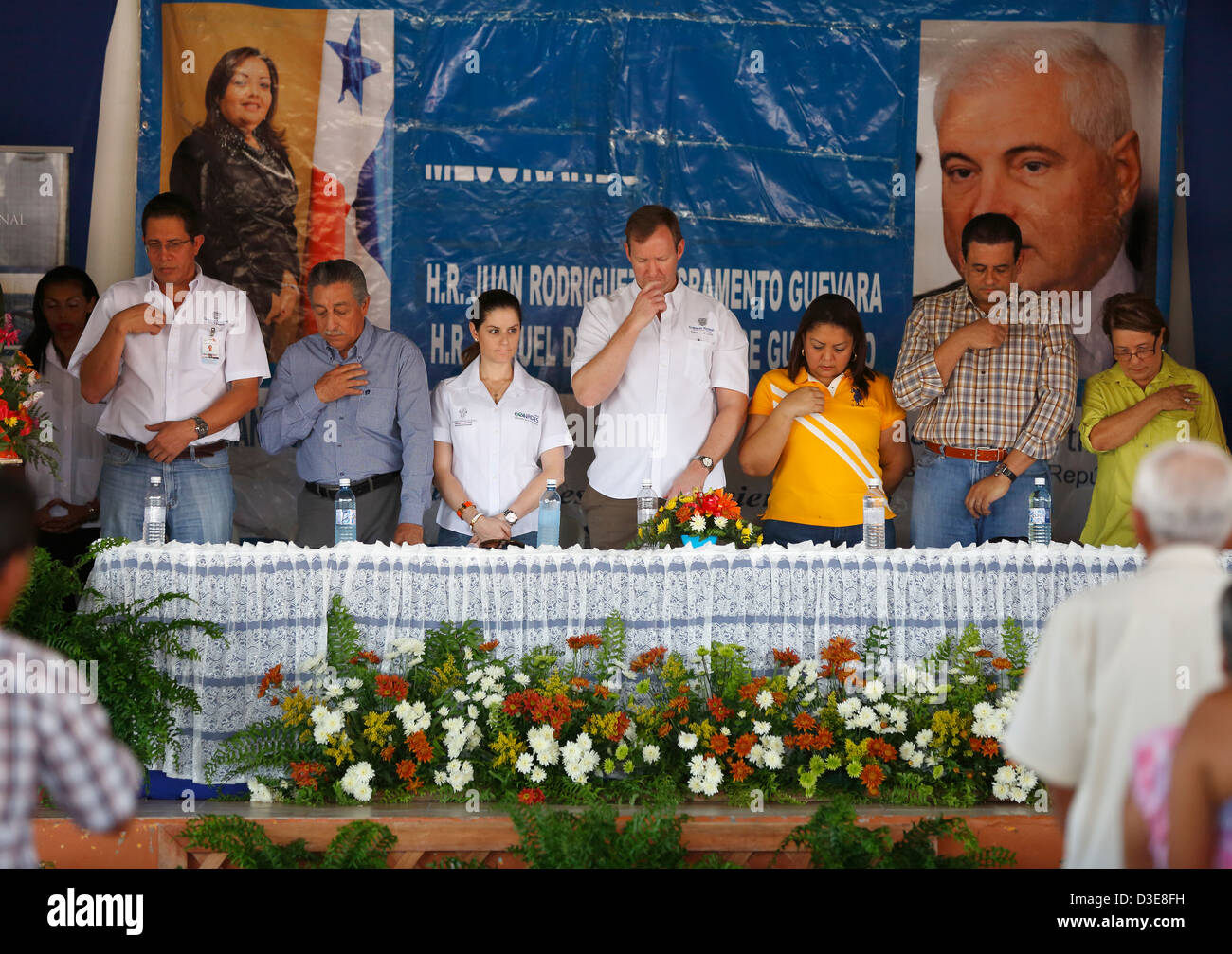 Officials make the sign of the cross during the benediction at a political rally in the town of La Pintada, Panama - Stock Image