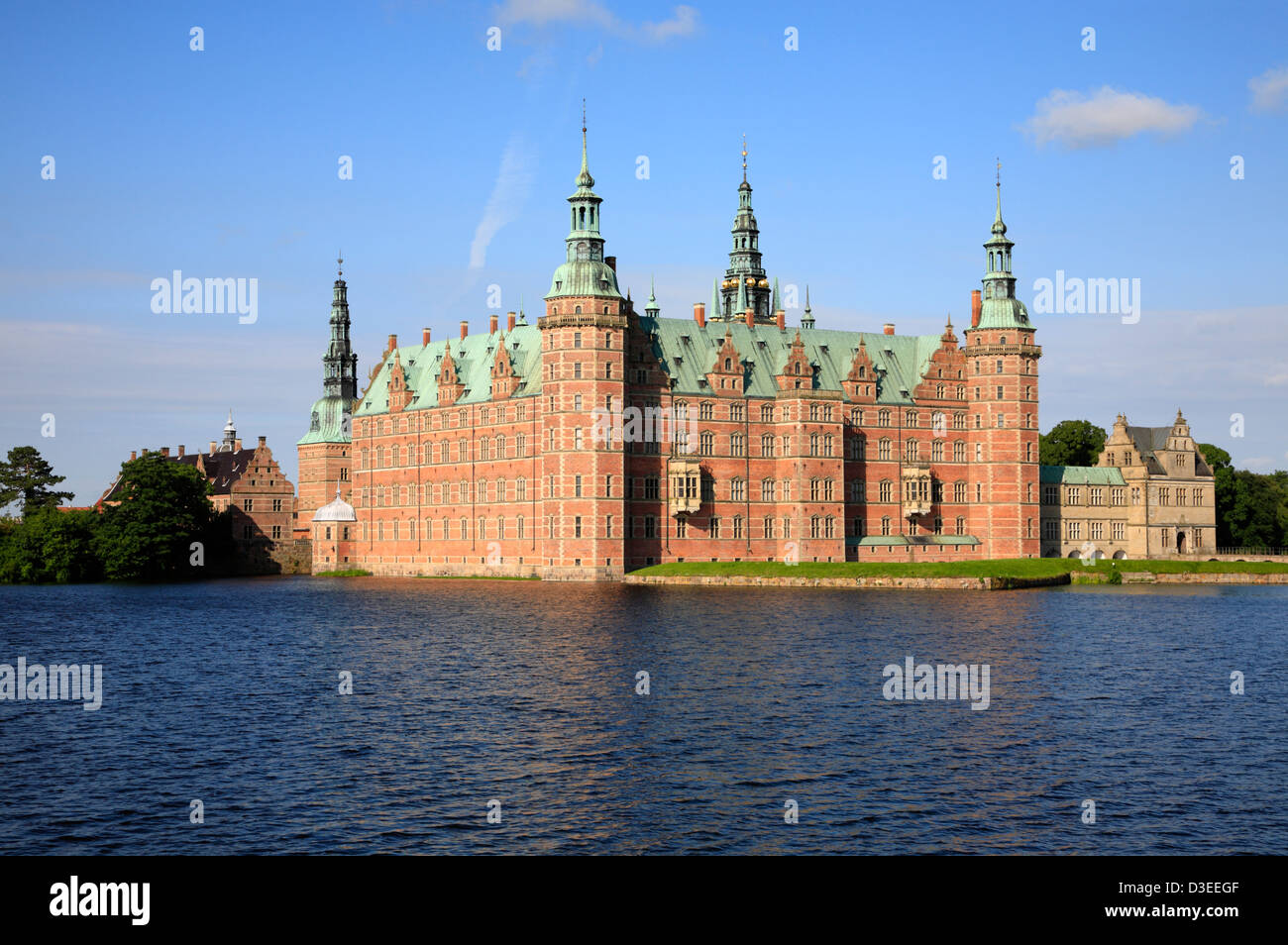 The Frederiksborg Castle in in Dutch Renaissance style in Hillerød (Hilleroed or Hillerod) near Copenhagen, - Stock Image