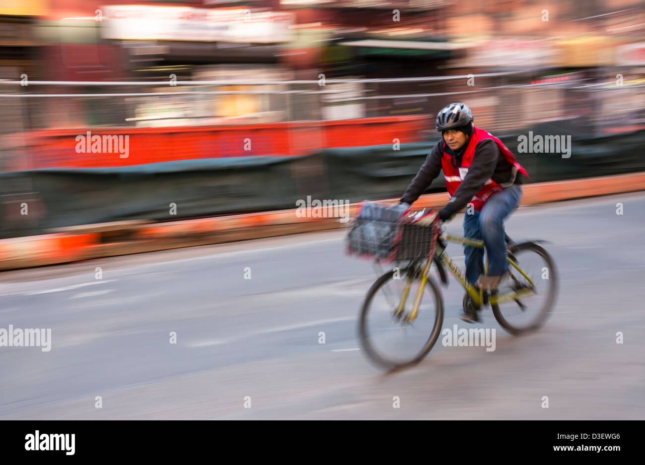 Bicycle Food Delivery Man In A Hurry In New York City Stock Photo