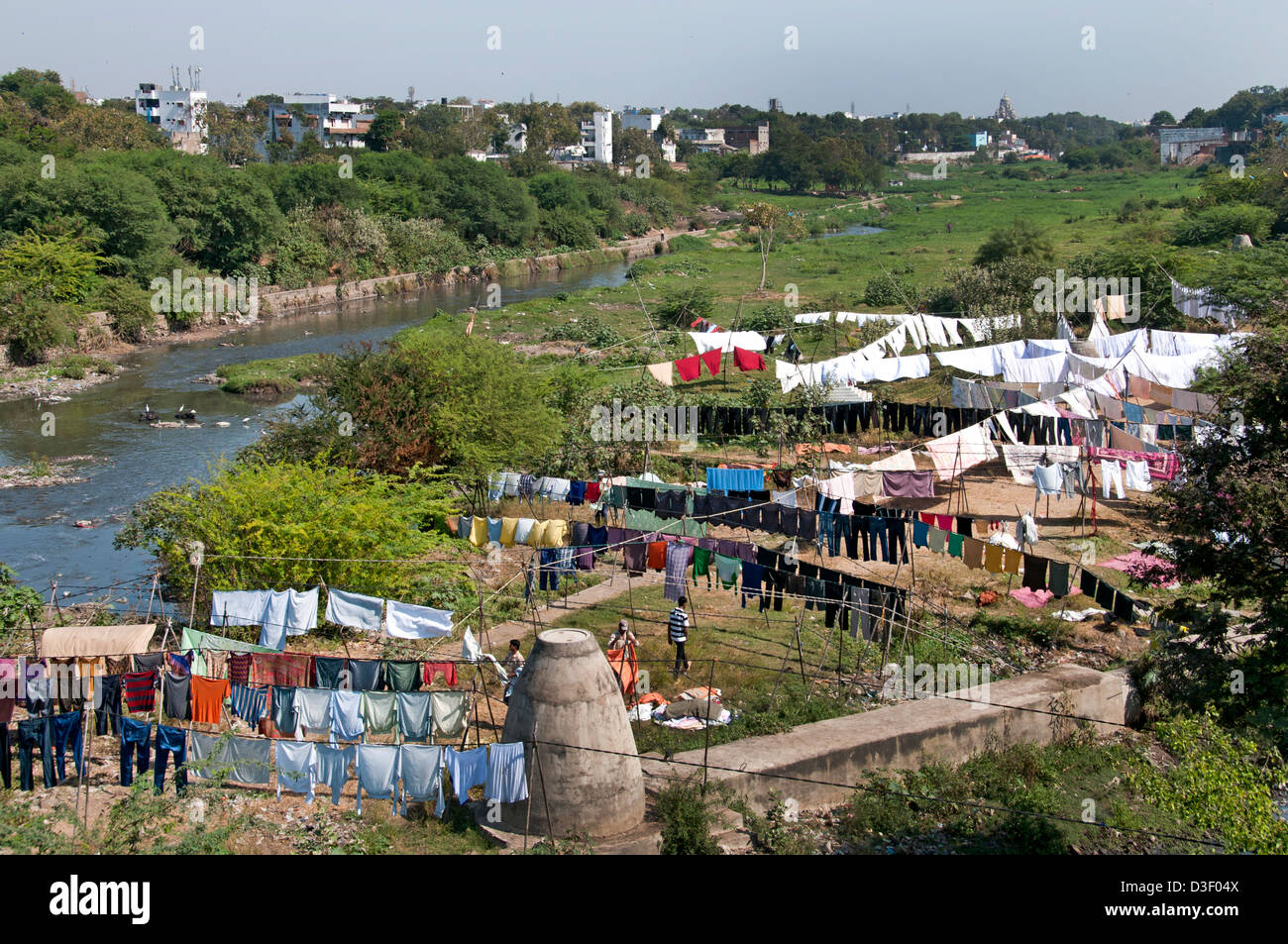 Laundry Musi River Bank  Hyderabad India Andhra Pradesh - Stock Image