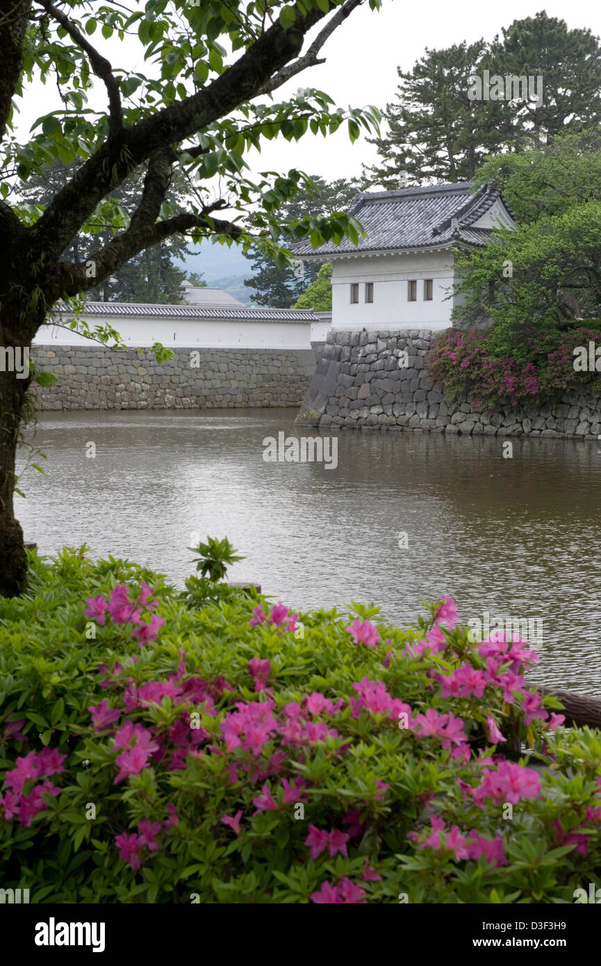 Historic wall, moat and guard tower of Odawara Castle, former stronghold of Doi Clan during the Kamakura Period - Stock Image
